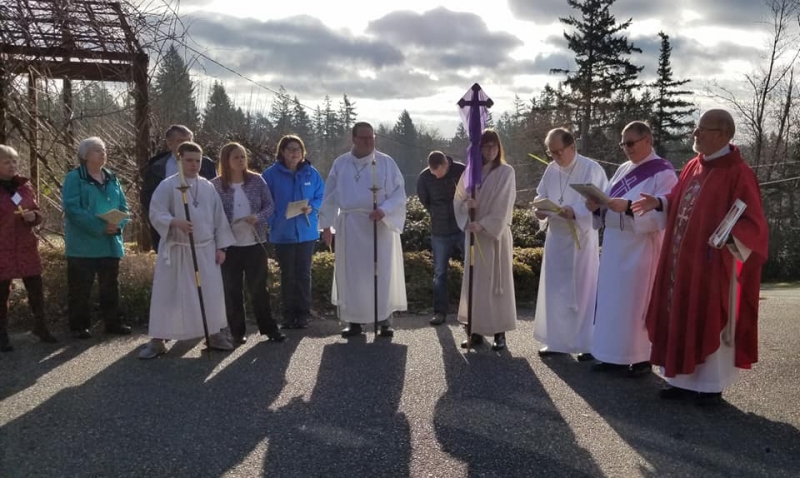 Palm Sunday processional 4